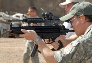 HK MP5 - Colt M4