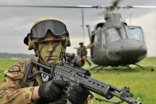 Beretta AR 70/90, fucile d'assalto per l'Esercito Italiano