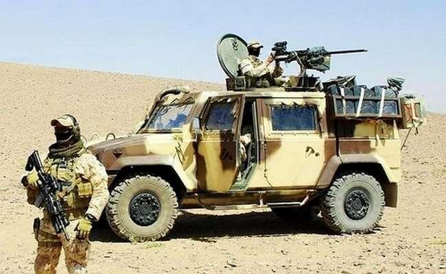 Lince VTLM - Pattuglia Alpini con camouflage Desert