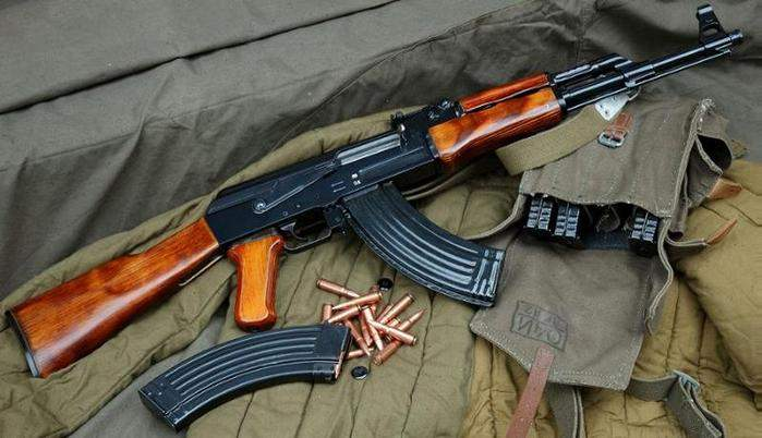 AK-47 Kalashnikov, Avtomat Kalašnikova 1947 goda